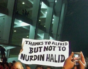 Thanks to Alfred But Not to Nurdin Halid (Sumber; fajarhartono.co.cc)
